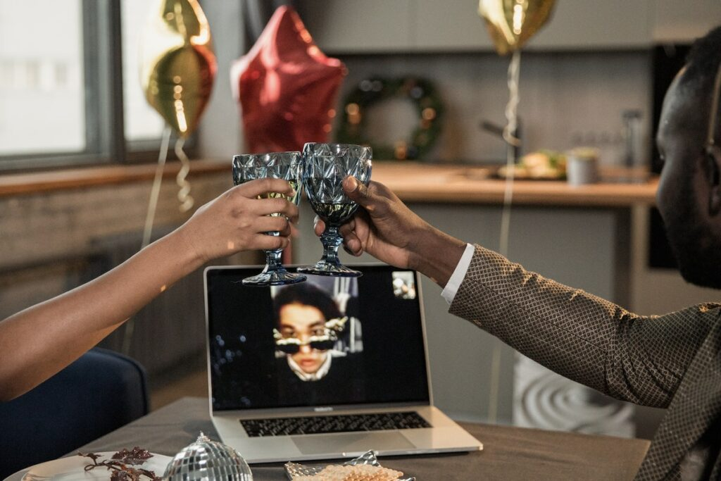 online togetherness, cheering through video call - valentine's day 2021 blog